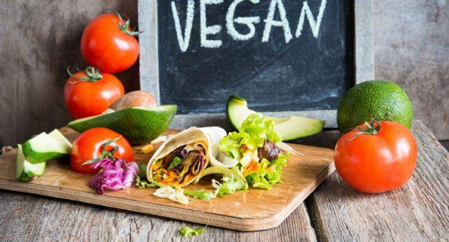 Очистить организм и рекордно похудеть: медики рассказали о вегетарианской диете