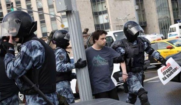 Боятся гнева народа? Мэрия Москвы не позволила проводить новые акции протеста