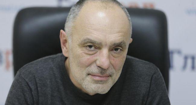 Касьянов: Любая армия - самая лучшая - не стоит и цента, когда ее не применяют против агрессора. Даже если агрессор в 10 раз сильнее