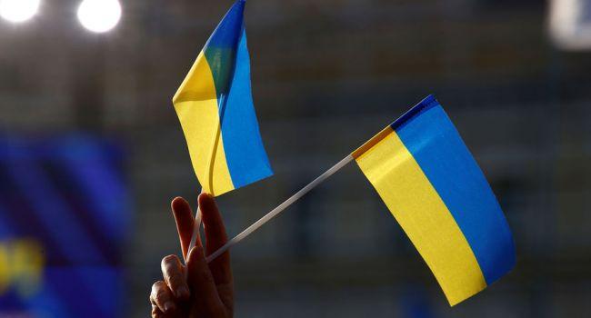 Почти половина украинцев уверены, что Украина способна решить все свои проблемы в ближайшие несколько лет