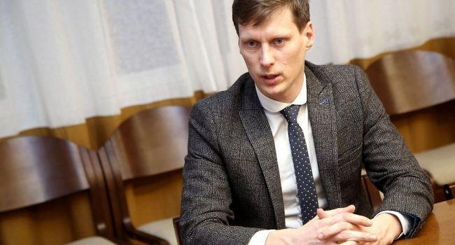 В Латвии сегодня есть дефицит рабочих рук в целом ряде сфер национальной экономики - министр