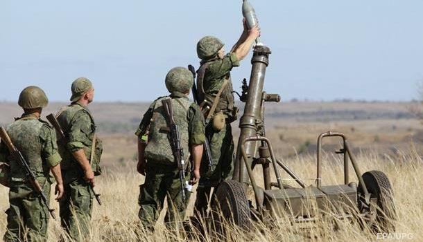 Война на Донбассе: оккупанты убили одного украинского военного, еще трое ранены