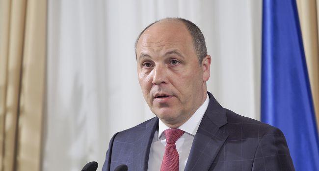 «Парубий должен ответить за Одесскую Хатынь»: Азаров поддержал Портнова