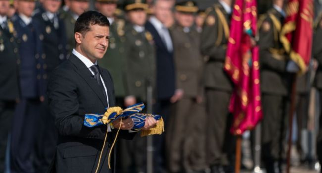 Ветеран АТО указал на важный нюанс в параде: все военнослужащие, принимавшие участия в официальных мероприятиях, были без оружия