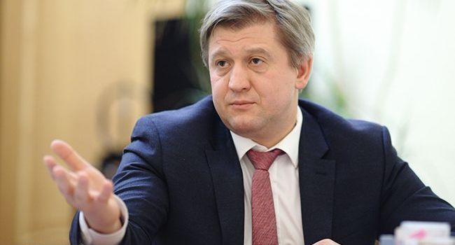Журналист: заявление Данилюка де-факто означает капитуляцию