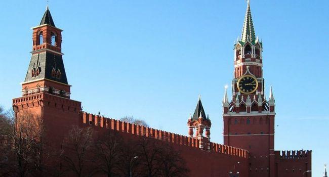 Политолог: после Марша Защитников в Киеве Кремль демонстрирует, что готов работать с Зеленским
