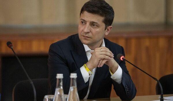 Блогер указал на главные промахи Зеленского за первые 100 дней президентства