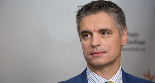«Сроки устанавливал Запад»: политолог предупредил Киев – медлить с Донбассом нельзя