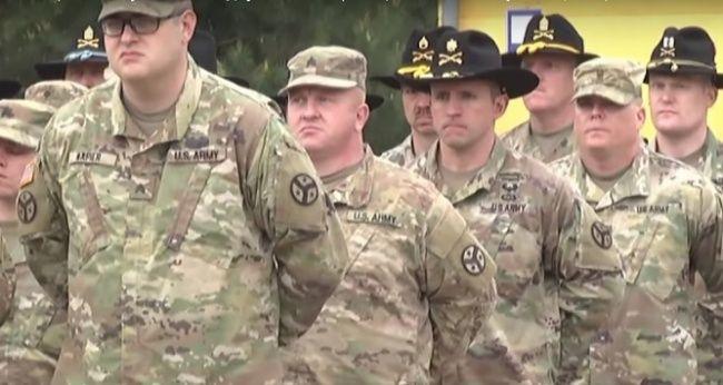 В «Слуге народа» анонсировали вывод из Украины военных инструкторов США