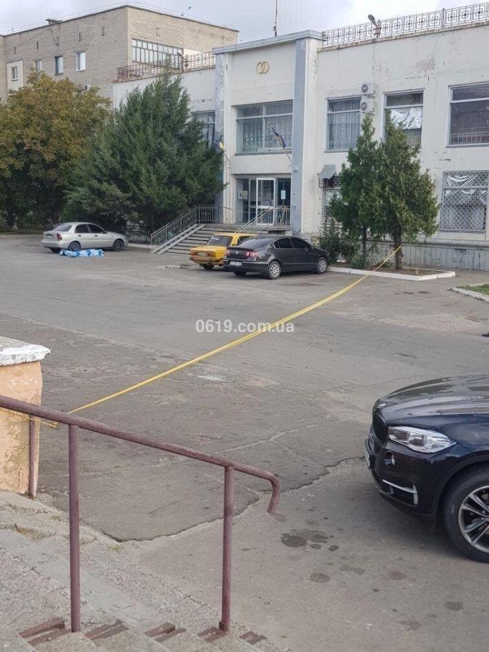 «Лежачего добил в упор и побежал во дворы»: в Запорожской области расстреляли замглавы Акимовской ОТГ