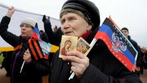 «Нарастает паника»: террористы «ДНР» неожиданно пошли на подлость с пенсиями