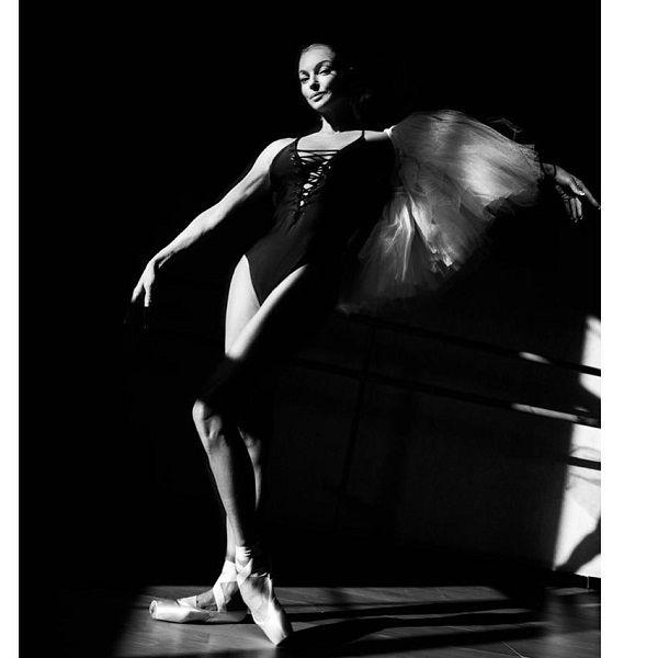 «Вам подойдет только образ страуса»: Волочкова опубликовала фото без белья, нарвавшись на критику в сети