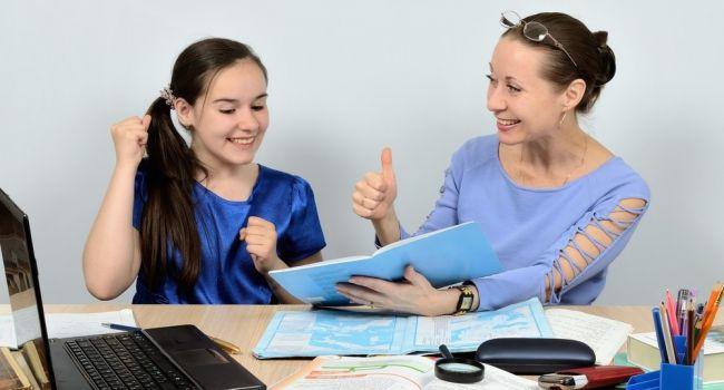 Психологи дали советы родителям, дети которых учатся в школе