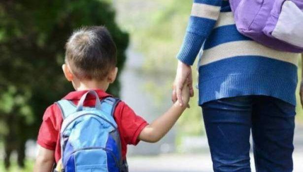 Психологи рассказали, как преодолеть трудности при переходе ребенка в другую школу