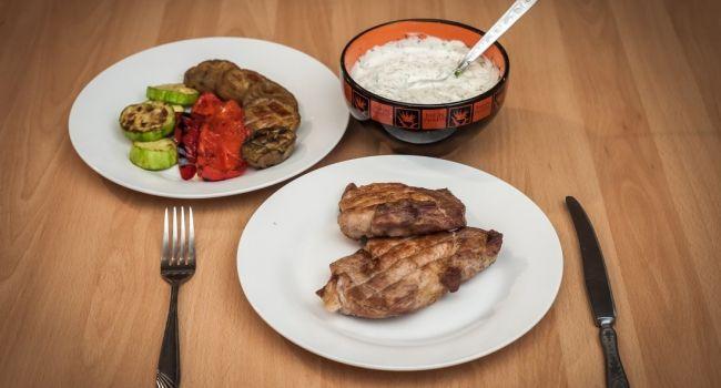Завтракать нужно до 9 утра, а ужинать не позднее 8 вечера - диетолог