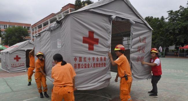 Мощное землетрясение в Китае: много пострадавших