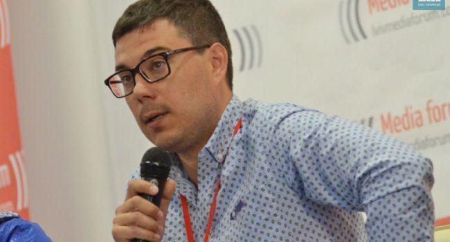Березовец: не удивлюсь, если завтра из Конституции будут изъяты положения о курсе Украины на НАТО и ЕС