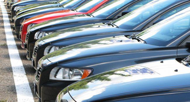 В августе этого года украинцы приобрели 8,2 тысячи новых автомобилей на общую сумму 260 миллионов долларов - СМИ