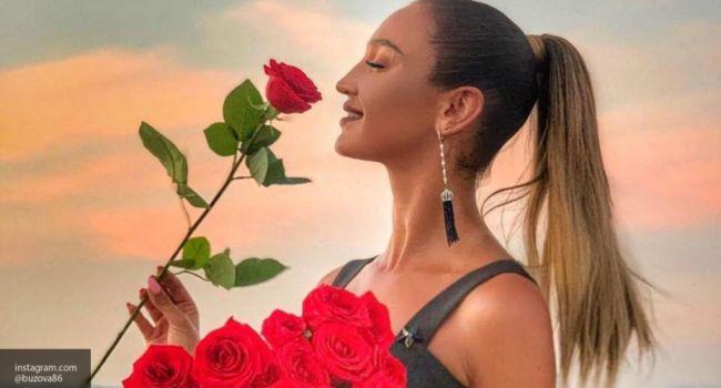 «С*си дома забыла!» Оля Бузова опубликовала фотов  купальнике, позируя полностью без макияжа