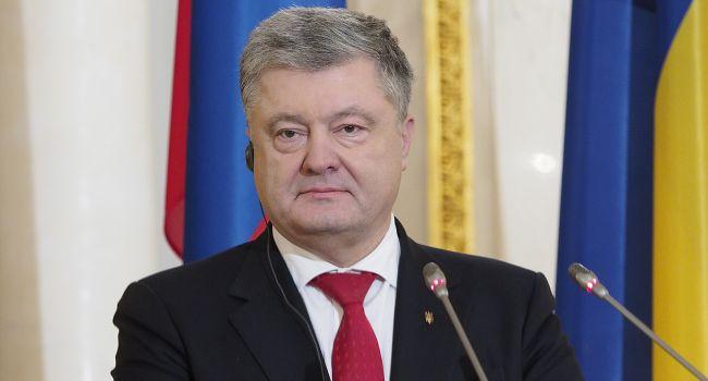 Порошенко считает, что роспуск Центризбиркома может быть связан с выборами на оккупированной части Донбасса