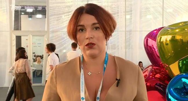 Соня Кошкина: не скажу, что это делается сознательно, но наша сегодняшняя власть фактически подыгрывает Путину