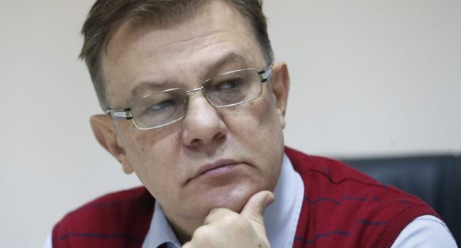 Действующий Налоговый кодекс, написанный Азаровым, нужно не корректировать, а полностью менять - Лановой