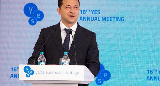 Блогер: основное впечатление с YES – Зеленский до сих пор не понял, что стал президентом Украины