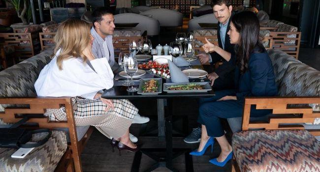 Форум YES посетили актеры из Голливуда: О чем говорил Зеленский с Эштон Катчером и Милой Кунис?