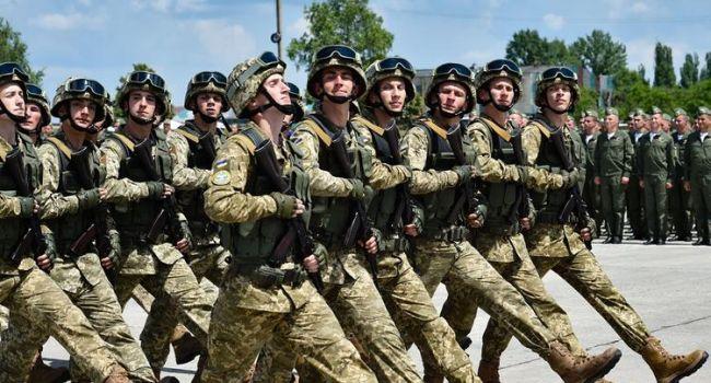 Военный эксперт: расходы на оборону в проекте бюджета на 2020 год увеличены на 20%