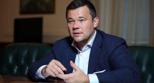 В своем интервью Богдан дал понять – единственное на что обращает внимание новая власть – это голос общества, – журналист