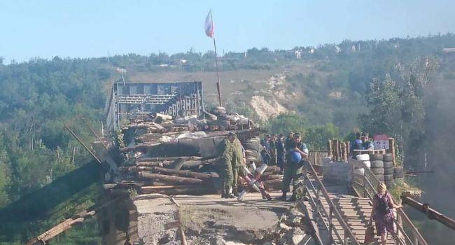 Война на Донбассе: Российские наемники возводят новые наблюдательные пункты у Станицы Луганской