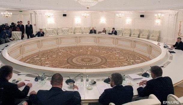 СМИ: Киев отказался подписывать формулу Штайнмайера