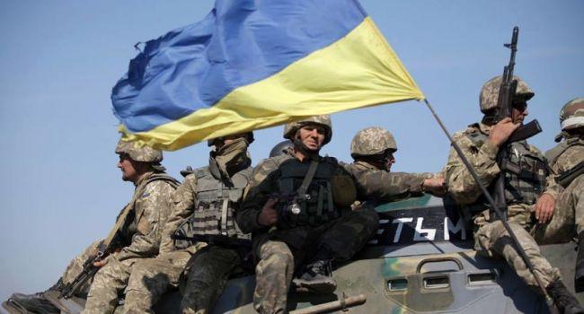 Политолог: ВСУ могут покидать позиции и отводить вооружение, чтобы дать возможность зайти русским миротворцам