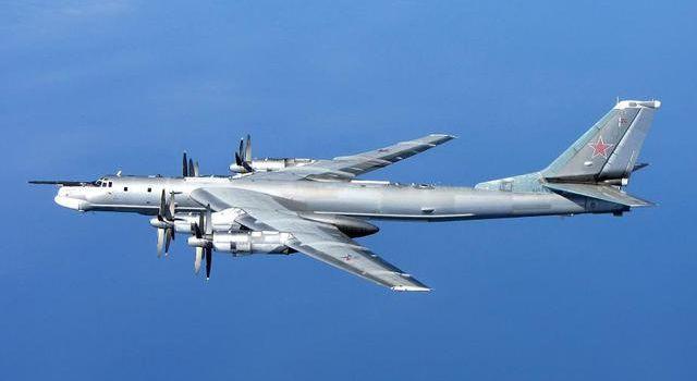 Истребители НАТО проучили военные самолеты РФ с ядерным оружием