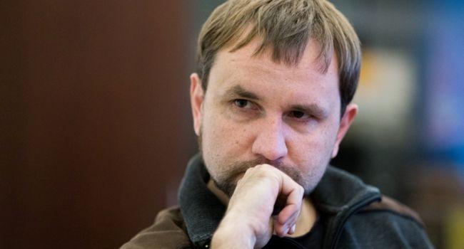 «Он же не сел в тюрьму и не бежал из Украины»: Эксперт прокомментировал радость по поводу увольнения Вятровича