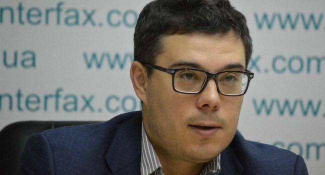 Наивно предполагать, что министр иностранных дел кардинально изменил внешнеполитическую позицию Украины без одобрения президента - Березовец