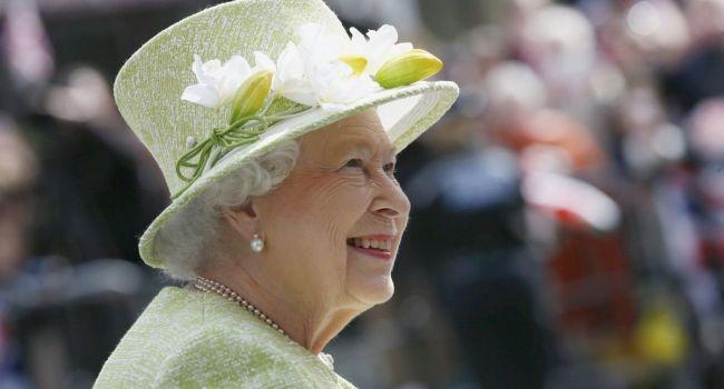 «Построение хороших отношений усложнилось»: Елизавета II находится в ярости из-за заявления бывшего премьера