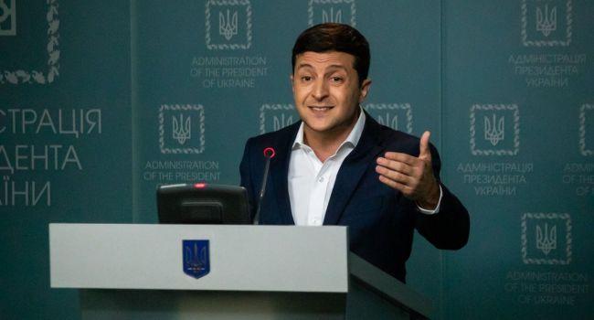 Политолог: Зеленскому пришло время дать ответ на вопрос – почему мы «боремся» за возвращение только Донбасса? Что с Крымом?