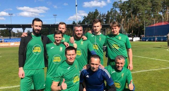 «Слуга народа» снова среди победителей – на этот раз в футболе