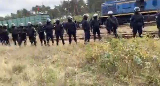 Блокада угля из РФ во Львовской области: Полиция применила силу, задержан комбат «Донбасса» и другие ветераны АТО