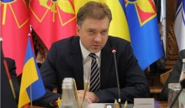 «Это просто выдумки»: министр обороны прокомментировал связи Зеленского с Коломойским