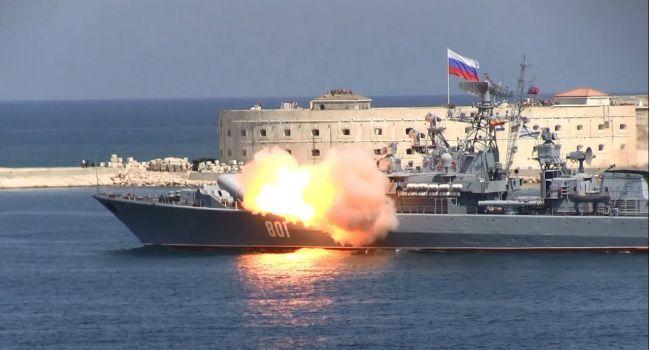 «Очередной провал РФ»: В Крыму военный корабль Путина едва не взлетел на воздух из-за неудачного запуска ракеты