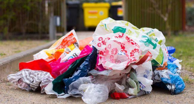 В Казахстане полностью запретят пакеты из пластика