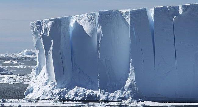 Огромная проблема для всего мира: ученые заявили о таянии крупного ледника в Антарктиде