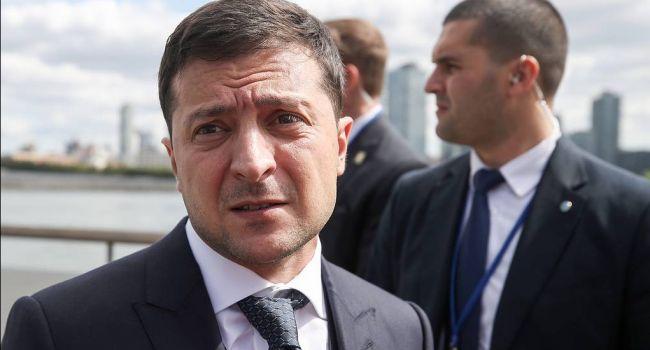 Зеленскому пришлось довольно унизительно извиниться за ябедничество на Макрона и Меркель, – эксперт