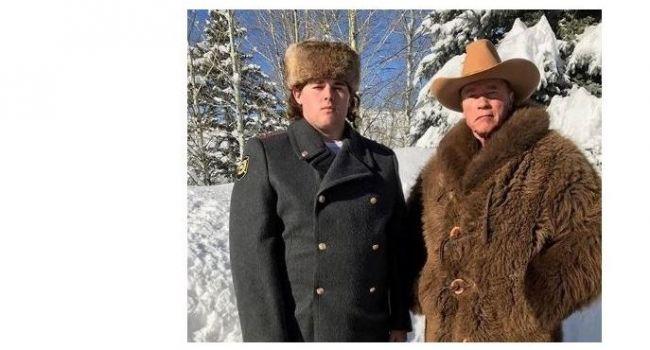 «Русский офицер»: Россияне пришли в восторг от фотографии Шварценеггера