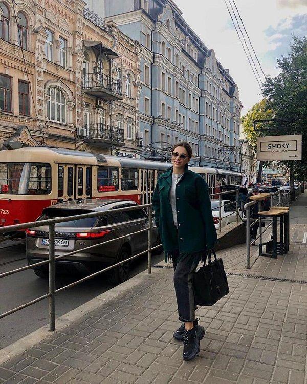 «Любимый Киев. Прекрасный Подол»: скандальная Ани Лорак приехала в Украину