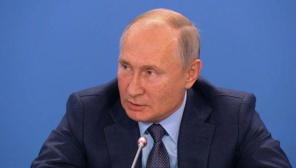 «В магазине все по-русски говорят»: Путин выдал неоднозначное заявление об Израиле