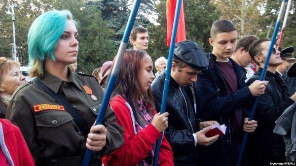 «Зомбиленд»: оккупанты Крыма помпезно отпраздновали «день рождения комсомола»