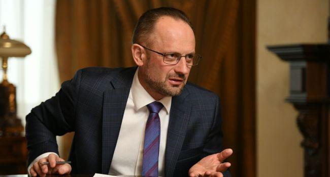 Кремлю нужно чтобы Украина подписалась под словом «выборы» — Безсмертный